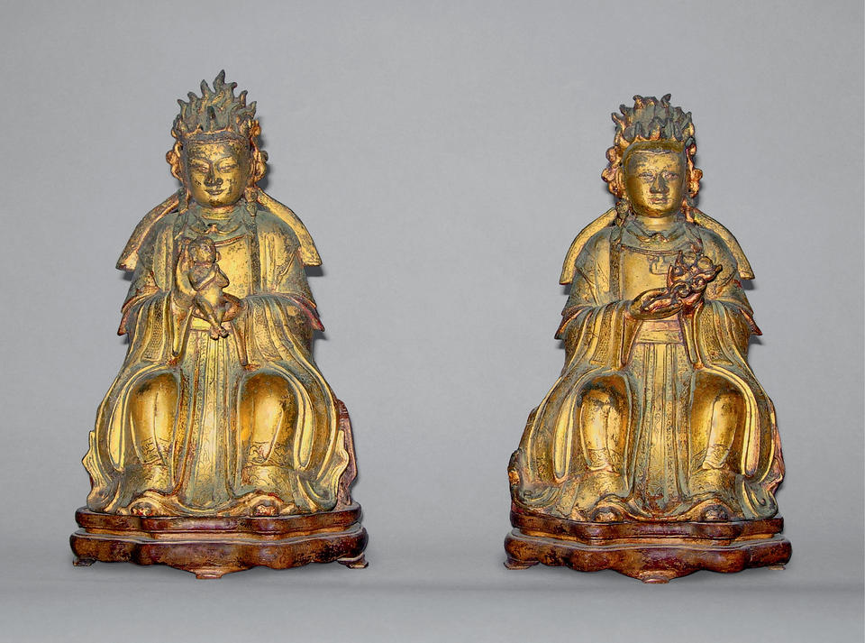 Pair of Daoist Deities: (left) Songzi Niangniang (送子娘娘) and (right) Yanguang Niangniang (眼光娘娘)