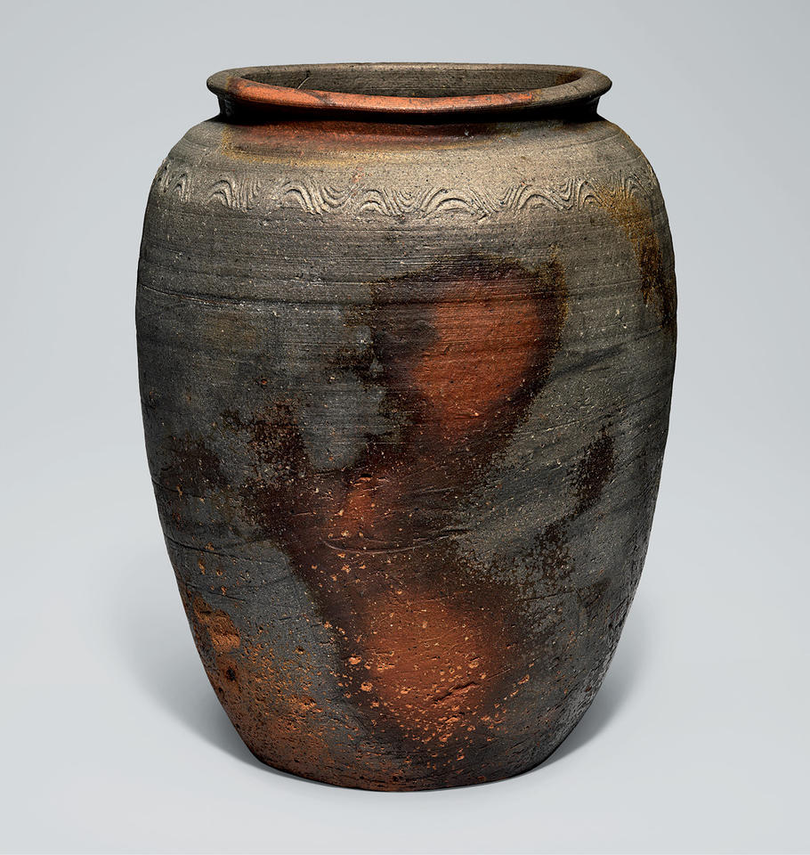 Jar with wave pattern