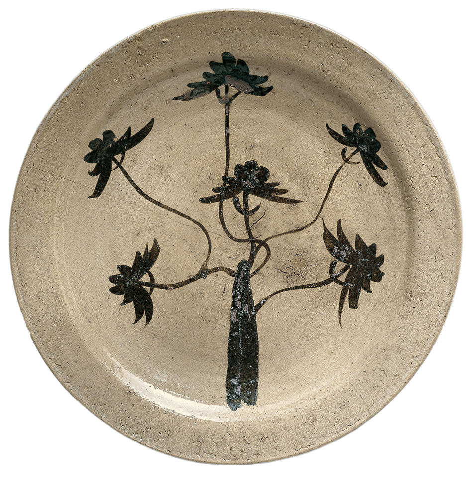 Platter with pine tree