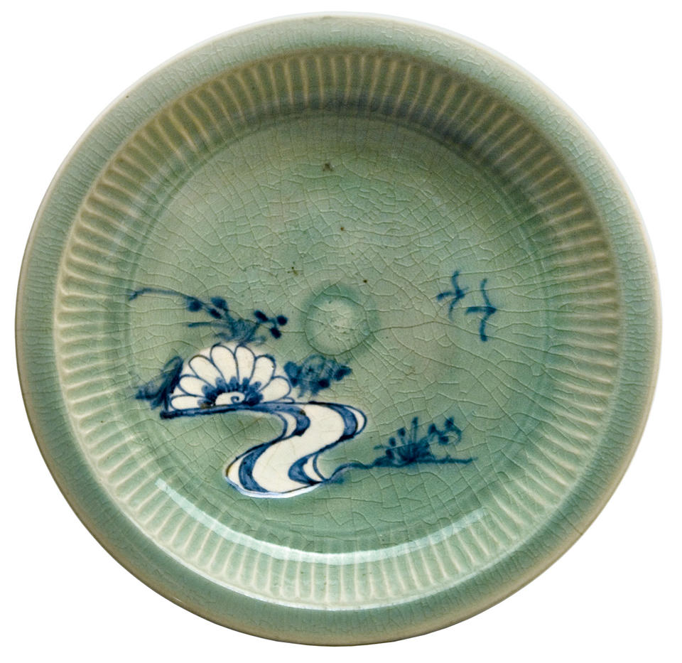 Dish with chrysanthemum in stream