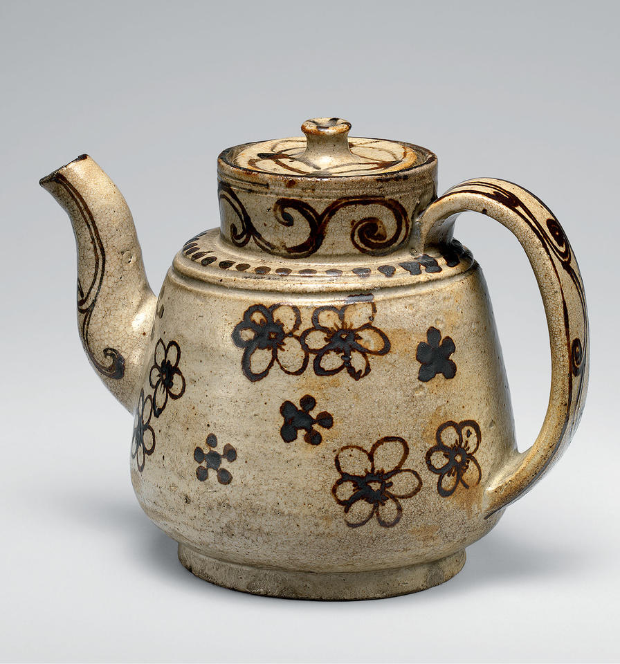 Ewer with willow and cherry blossoms