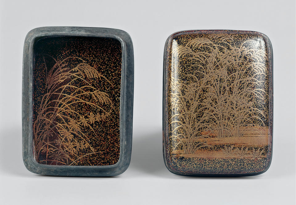Incense box (kōgō, 香合) with autumn grasses