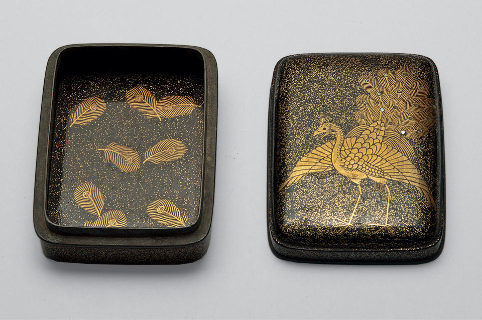 Incense box (kōgō, 香合) with peacock