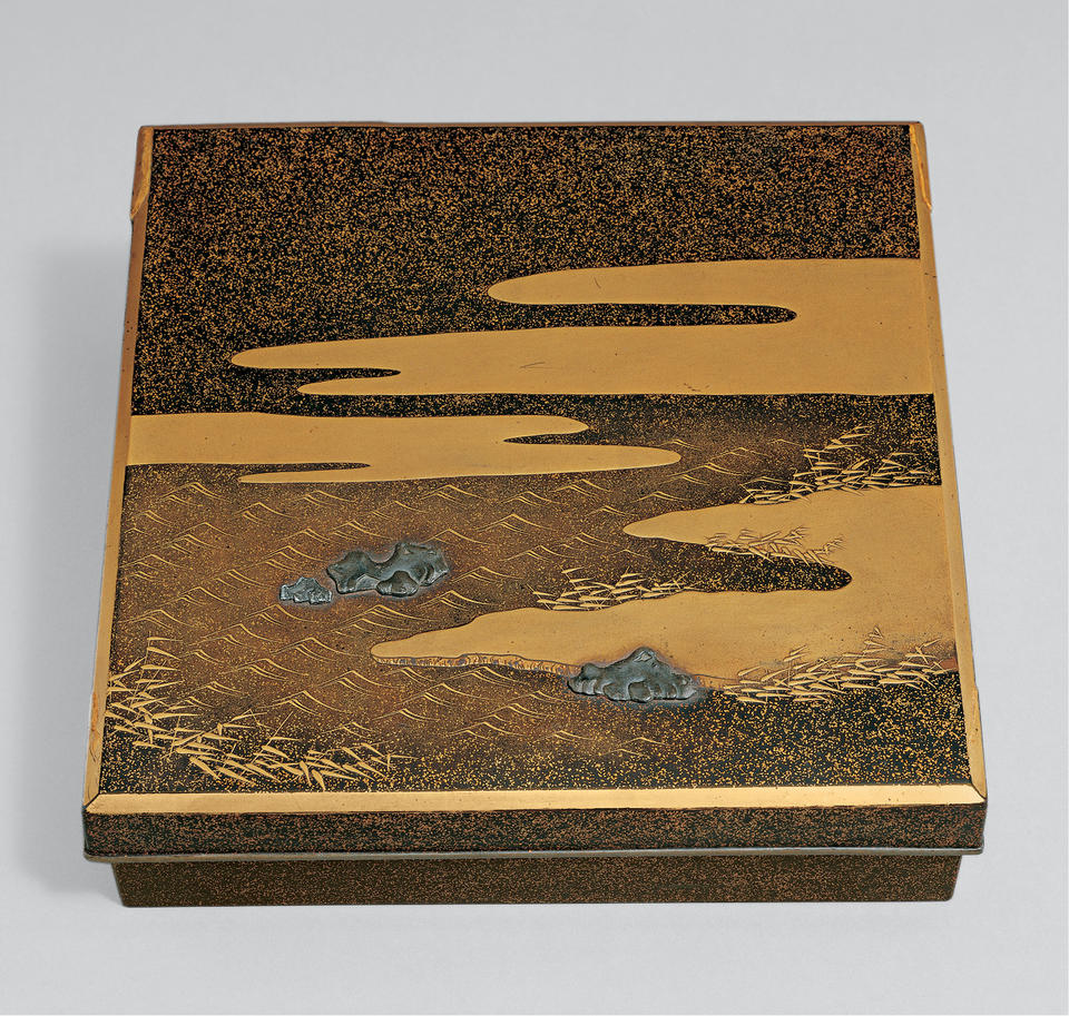 Writing box (suzuribako, 硯箱) with a poem from Shin kokin wakashū (新古今和歌集)